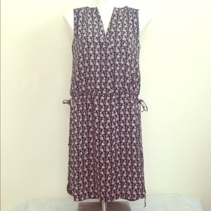 Black & White XS Gap Dress